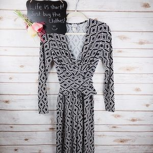 Cache diamond print vneck long sleeve wrap dress